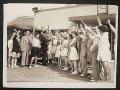 イギリス ポストカード イギリス1935年 グレートヤーマス休日キャンプに配達ポするストマン