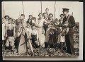 イギリス ポストカード イギリス1935年 ケント州ホップファームで配達しているポストマン